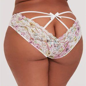 Torrid Hipster Panties Lace Cage Back Floral 1